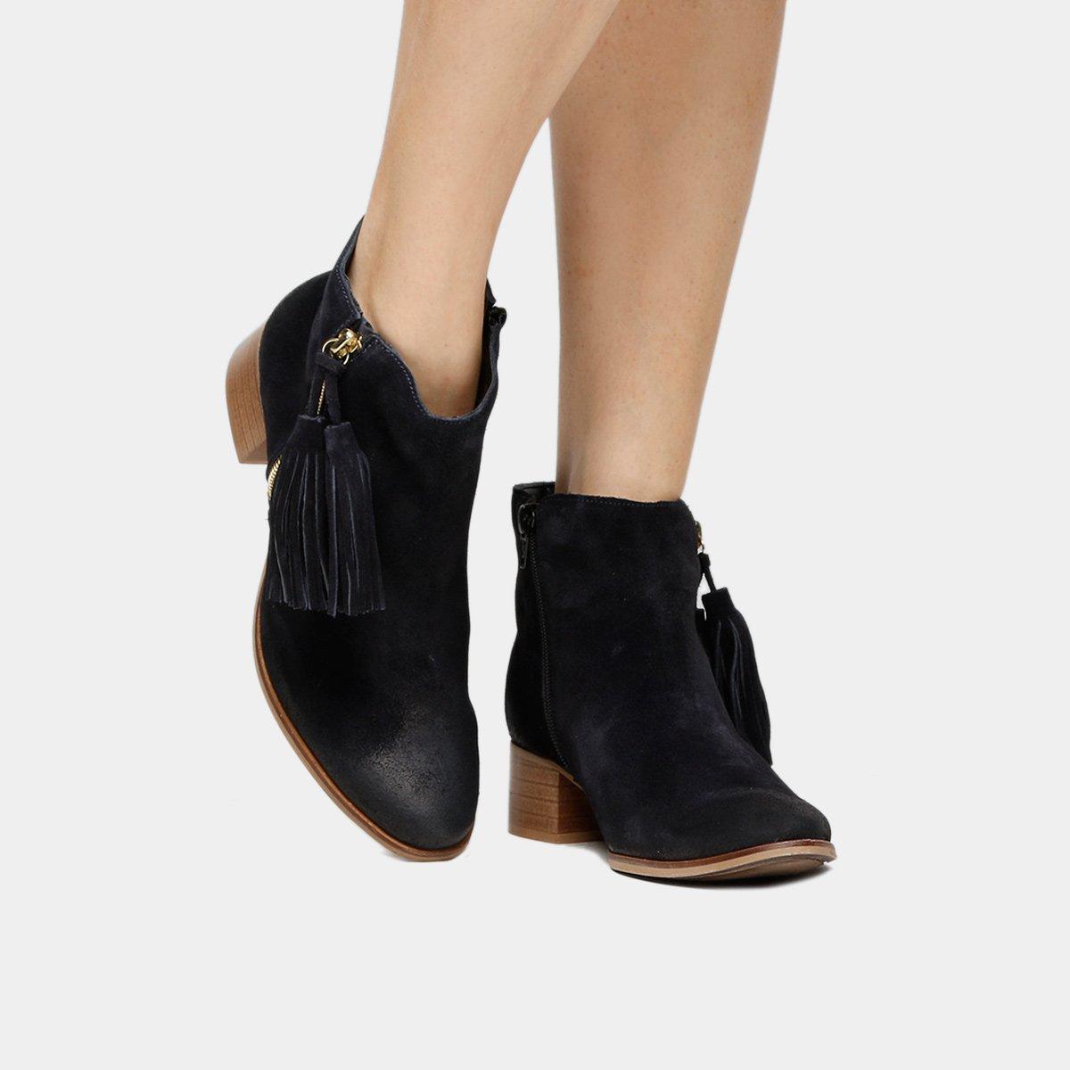 7aaf84655 Bota Couro Cano Curto Shoestock Barbicacho Feminino - Compre Agora ...