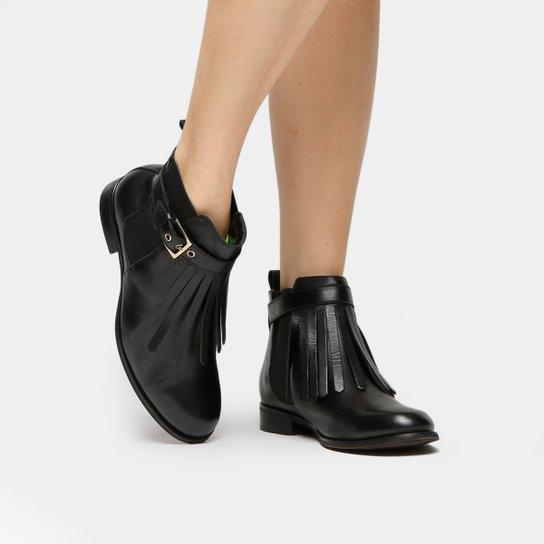 Bota Couro Cano Curto Shoestock Franjas Feminina - Preto