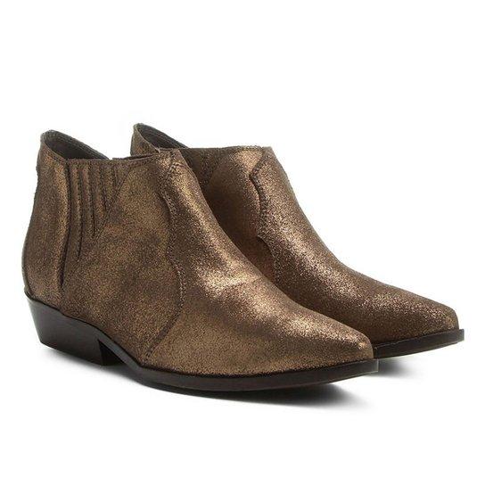 Bota Couro Chelsea Shoestock Cano Curto Feminina - Marrom