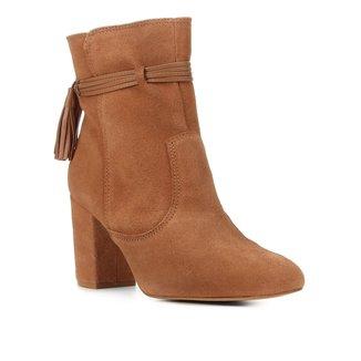 Bota Couro Shoestock Cano Curto Barbicacho Feminina