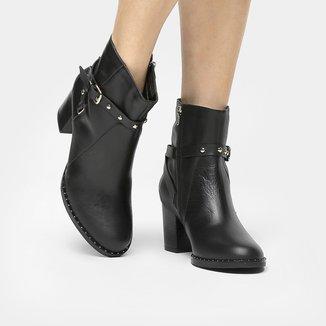 Bota Couro Shoestock Curta Vira Cravinhos Metais Niquel Feminina