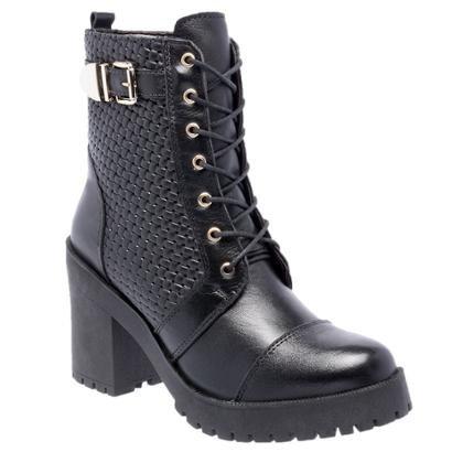 Bota D&R Shoes em Couro Tratorada Feminina