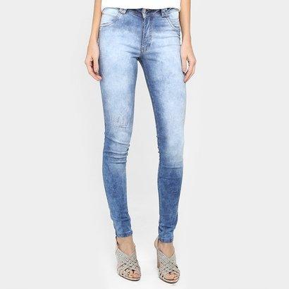 Calça Jeans Biotipo Skinny Marmorizada Puídos - Feminino