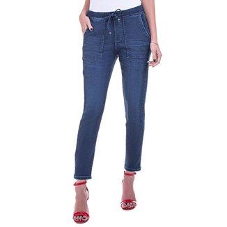 Calça Jeans Bloom Jogger Bolso Utilitário Feminina