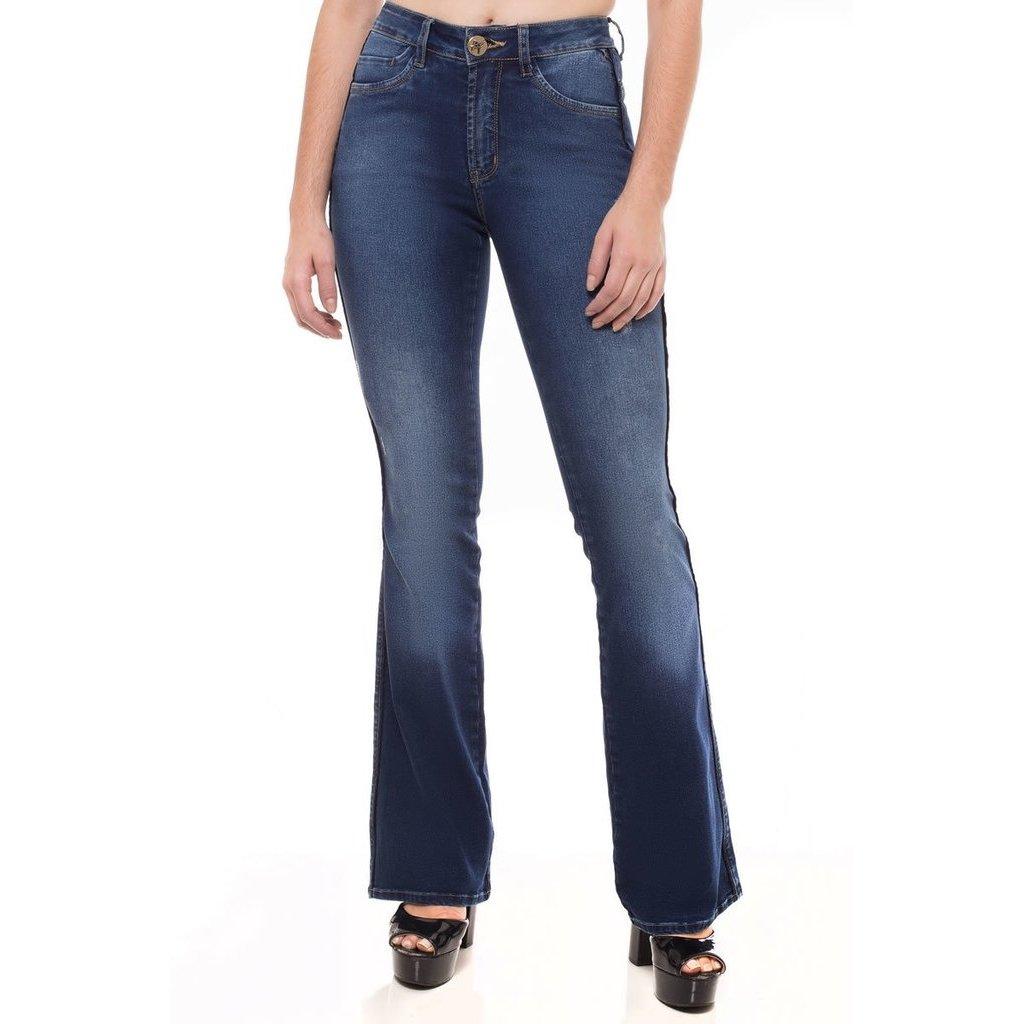 11c2bcd4d Calça Jeans Mid Rise Flare Denúncia Feminina | Zattini