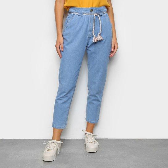 Calça Jeans Mom Ecxo Bolso Faca Com Cordão Cintura Alta Feminina  - Azul