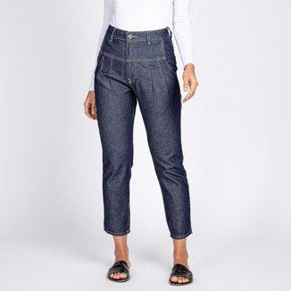 Calça Jeans Mom?s Recortes e Pregas Cor Azul Escuro