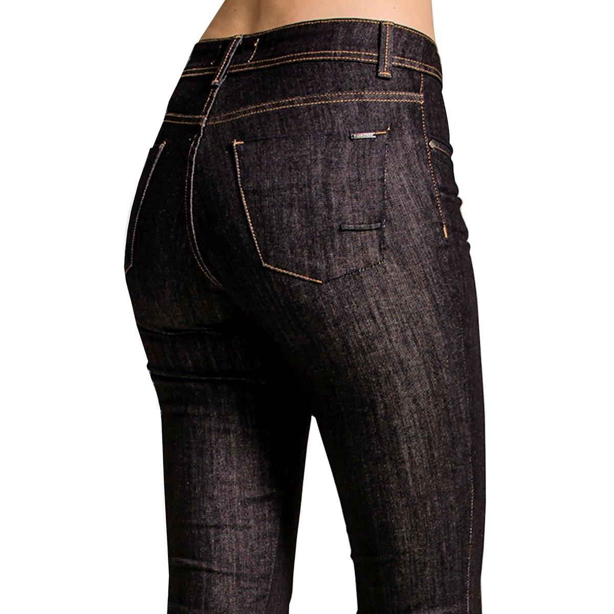 Calça Jeans Reta Calvin Klein Feminina - Azul - Compre Agora   Zattini b3801f9ad0