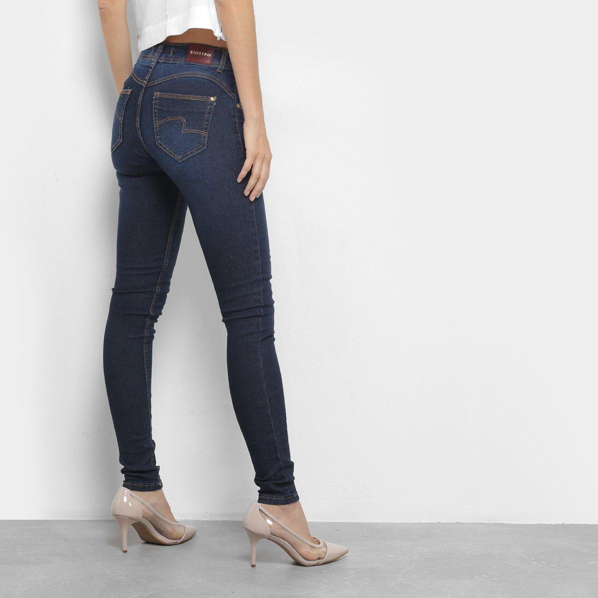 Calça Jeans Skinny Biotipo Lisa Cintura Média Feminina - Compre ... b29b7ce9bab
