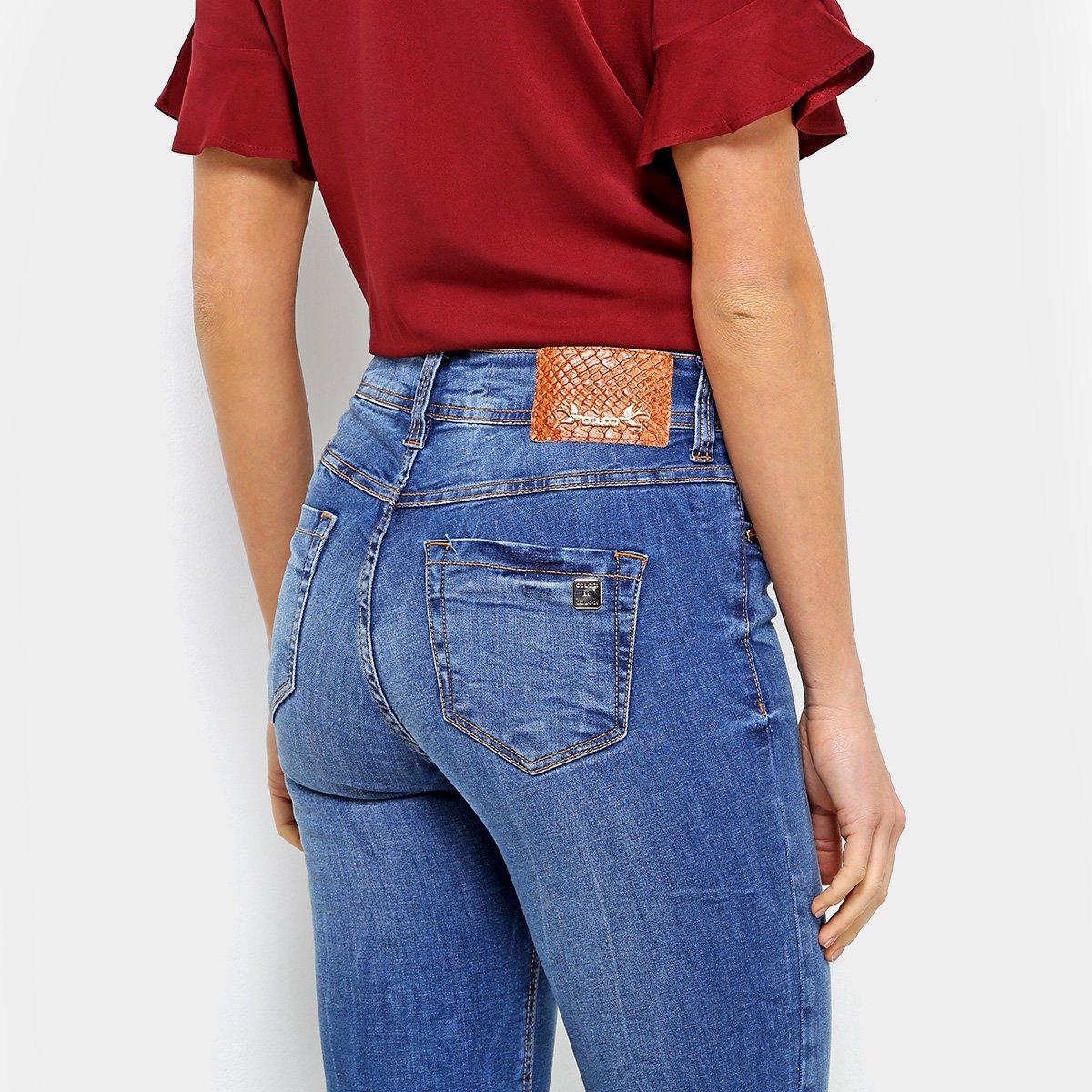 efbb6713f ... Calça Jeans Skinny Colcci Bia Estonada Puídos Barra Desfiada  Assimétrica Cintura Alta Feminina