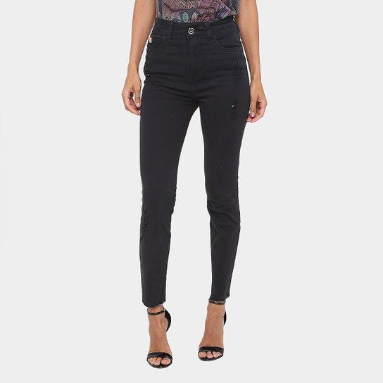 Calça Jeans Skinny Colcci Karen Puídos Feminina - Preto