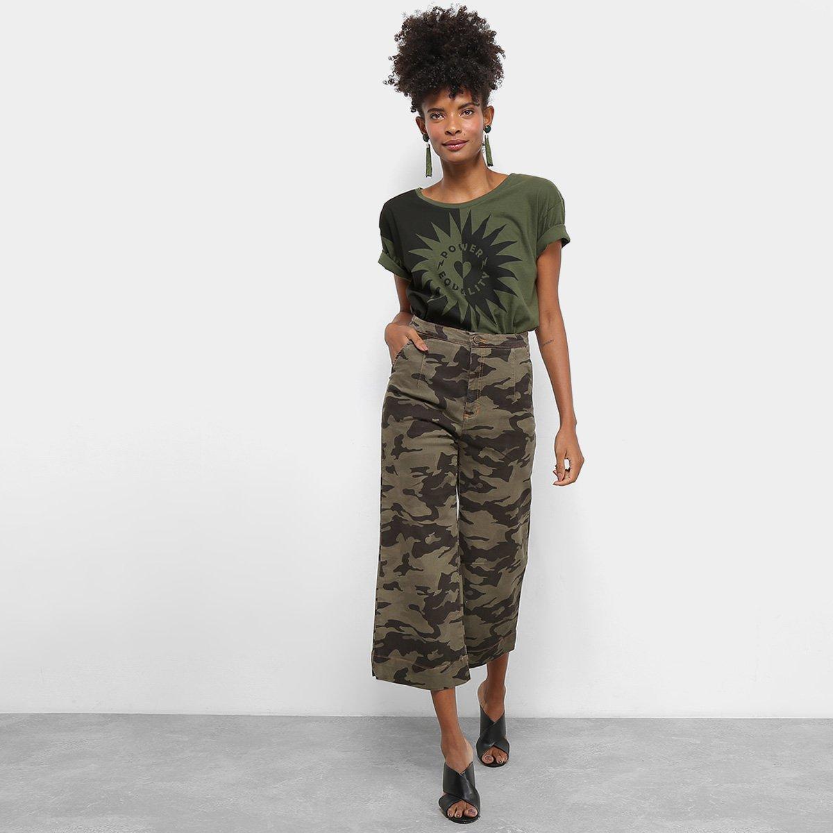 Calça Sarja Pantacourt Cantão Cintura Alta Camuflada Feminina - Verde Militar e Bege