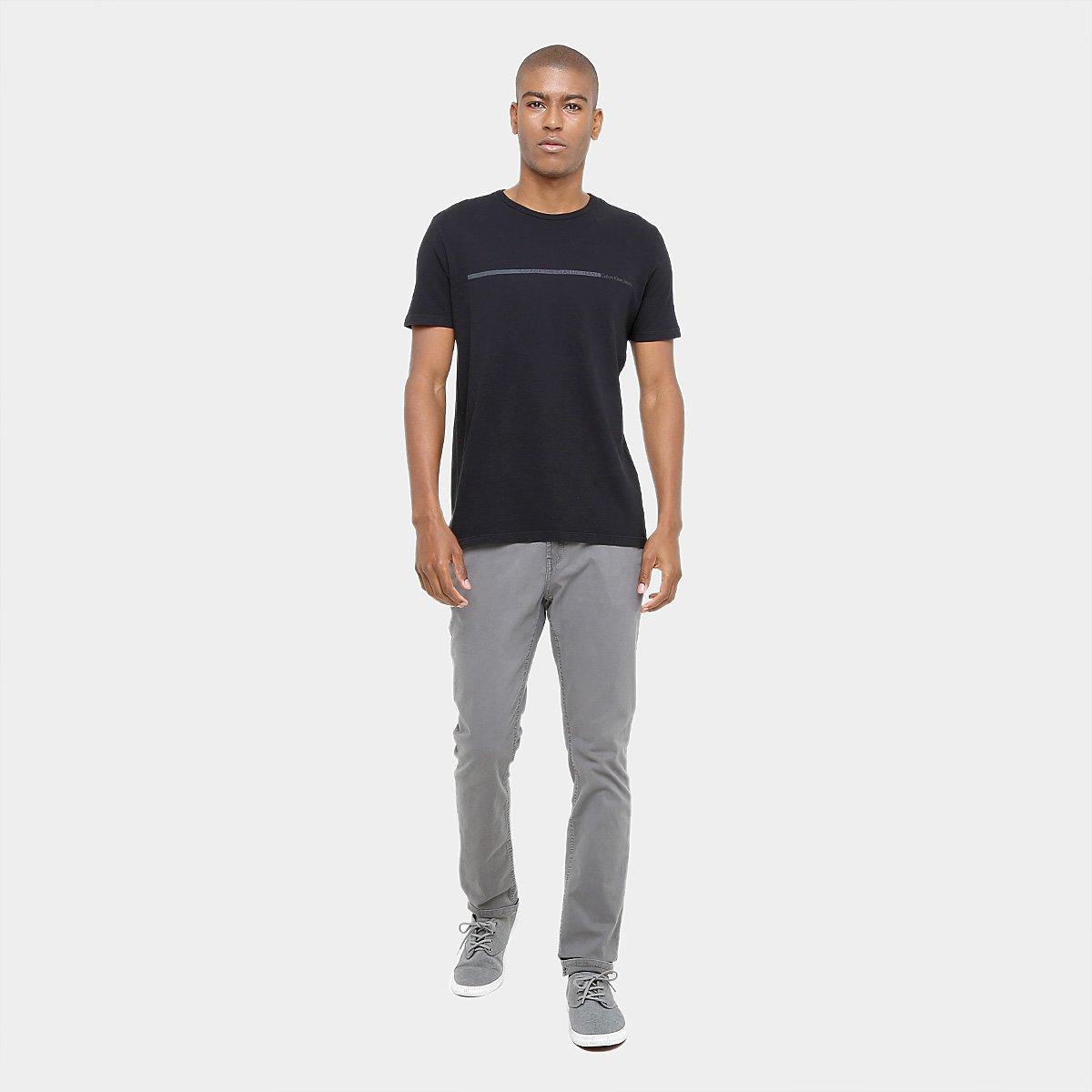Calça Skinny Calvin Klein Chino Masculino - Compre Agora  39d67abebb5b2