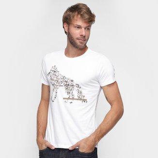 Camiseta Acostamento Estampa Lobo Masculina
