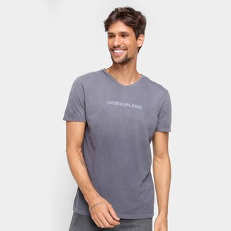 Camiseta Calvin Klein Degradê Gola V Masculina