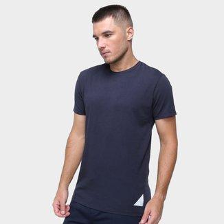 Camiseta Calvin Klein Estampa Nas Costas Masculina