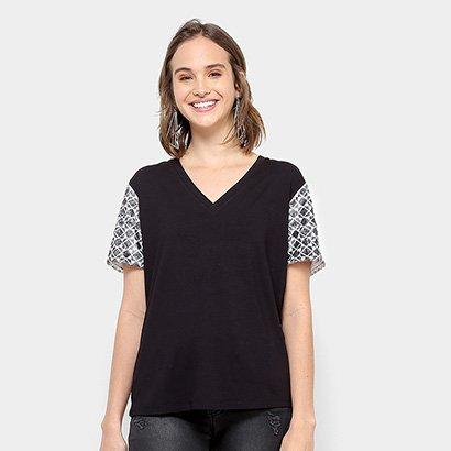 Camiseta Carmim Monograma Feminina
