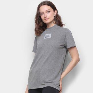 Camiseta Colcci Gola Fechada Feminina