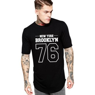 Camiseta Criativa Urbana Long Line Oversized Brooklyn