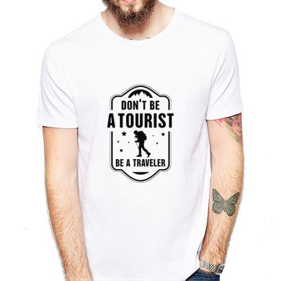 Camiseta Dont be a Tourist be a Traveler Coolest Masculina