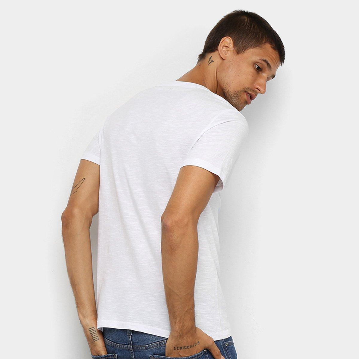 Camiseta Hering Estampada Masculina - Branco e Preto twZFb