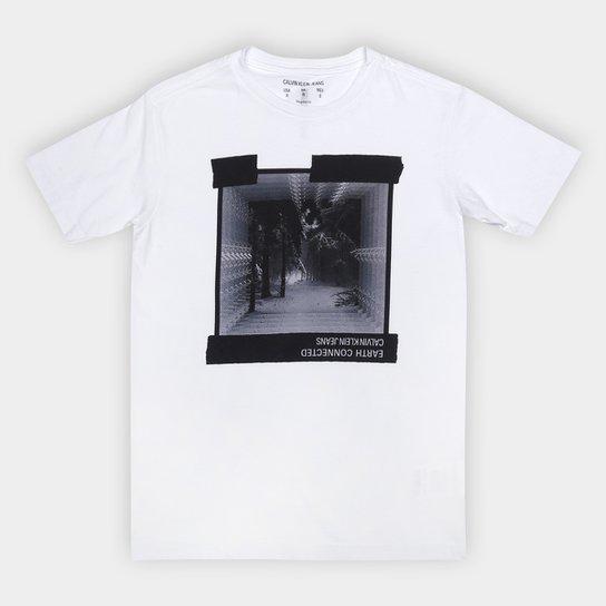 Camiseta Juvenil Calvin Klein Earth Connected Masculina - Branco