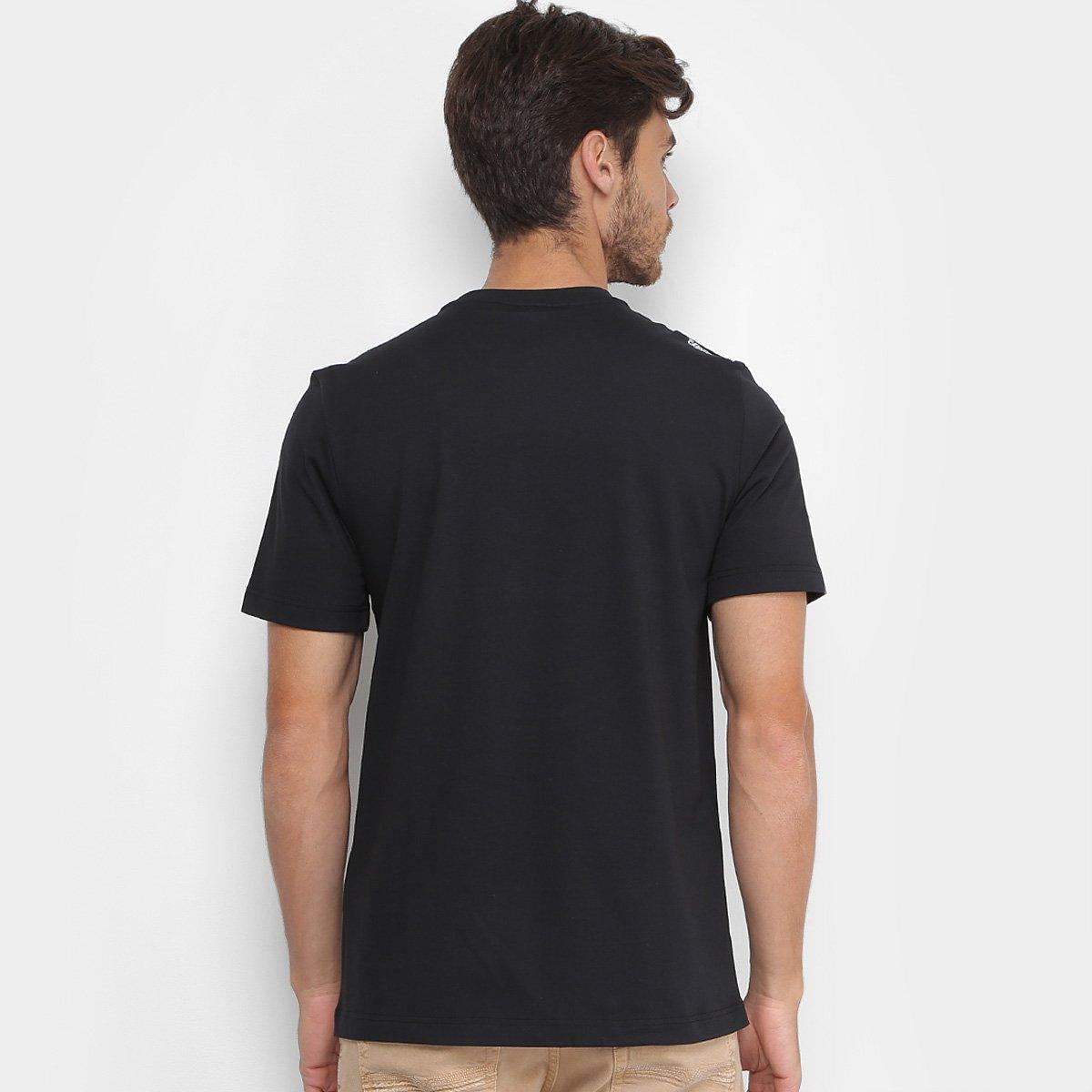 Camiseta Lacoste Live Estampada Masculina  Camiseta Lacoste Live Estampada  Masculina ... 2b9e635151ac5