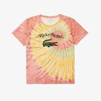 Camiseta masculina Lacoste x Ricky Regal em algodão com tie-dye e decote amplo