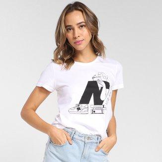 Camiseta New Balance Athletics Delorenzo N Feminina