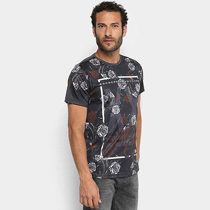 51fb796414 Camiseta Overcore Especial Masculina - Preto e Branco