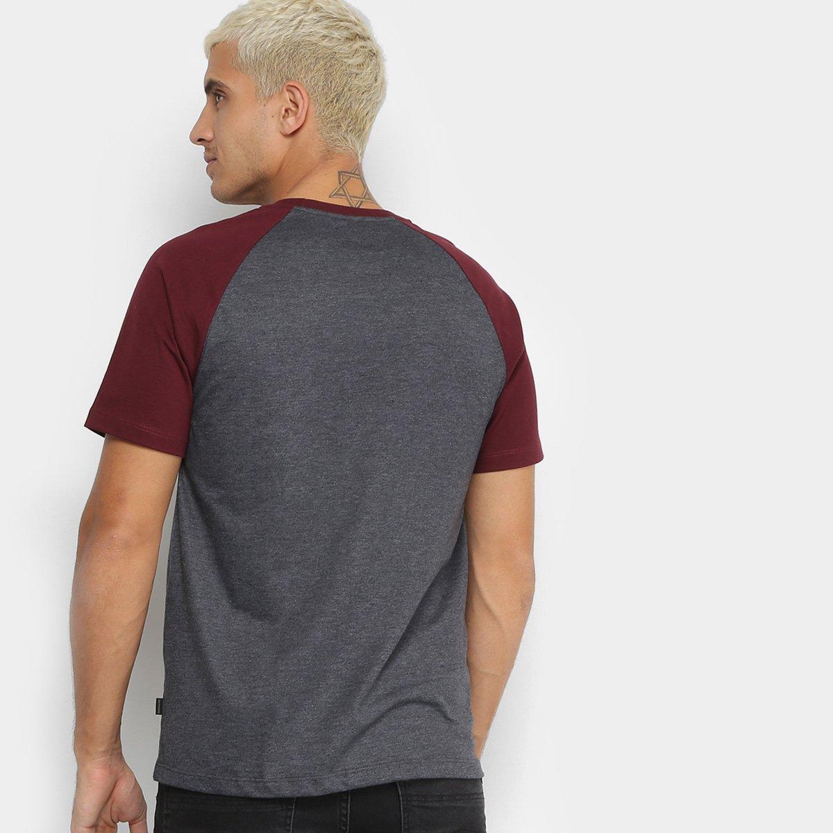 9ce5d65656444 Camiseta Quiksilver Especial Everyday Raglan Masculina  Camiseta Quiksilver  Especial Everyday Raglan Masculina ...
