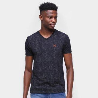 Camiseta Ultimato Estampada Gola V Masculina
