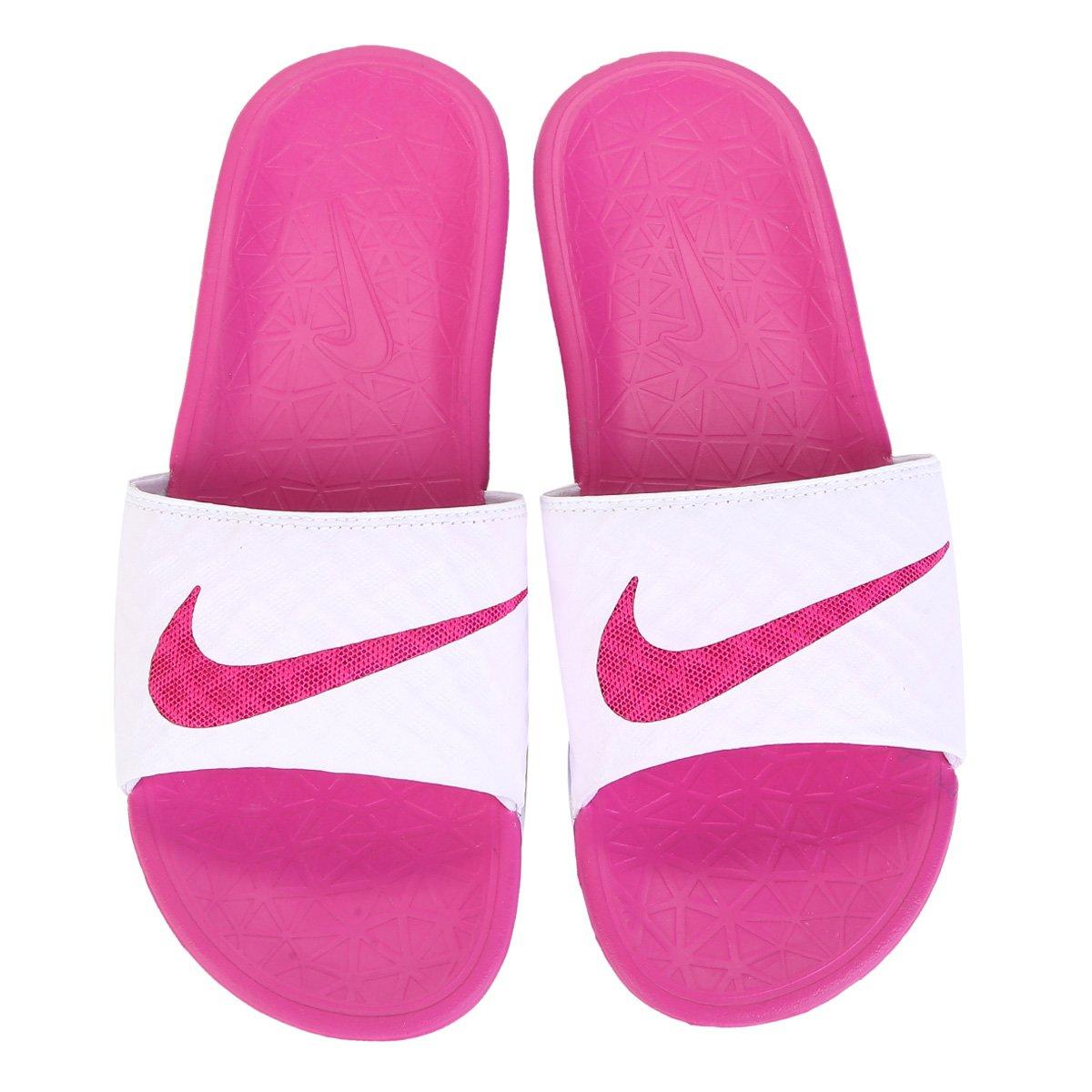 94b75abacffe Chinelo Nike Benassi Solarsoft - Pink e Branco - Compre Agora
