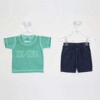 Conjunto Broquinha Camiseta com Lavagem Poída e Short Jeans
