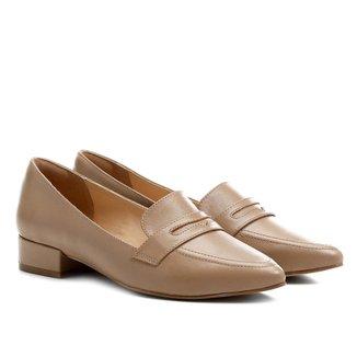 Mocassim Couro Shoestock Bico Fino Saltinho Feminino