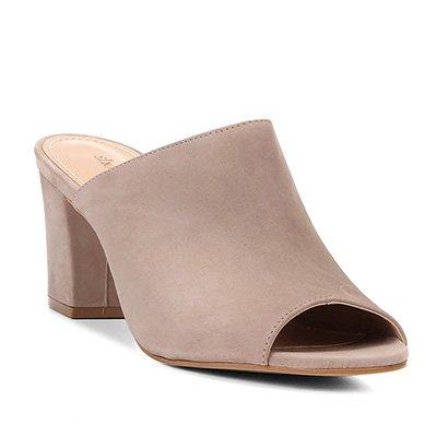 Mule Couro Shoestock Salto Bloco Básica