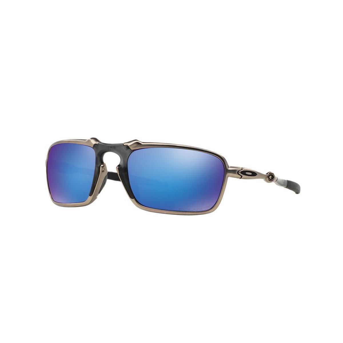 Óculos de Sol Oakley OO6020 Badman - Compre Agora   Zattini bc5cc8f6db
