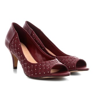 Peep Toe Couro Shoestock Matelassê Tachas
