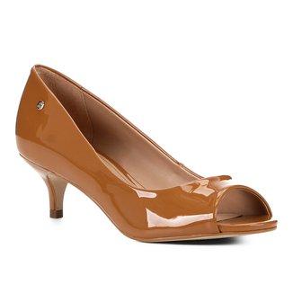 Peep Toe Shoestock Salto Baixo Verniz Naked