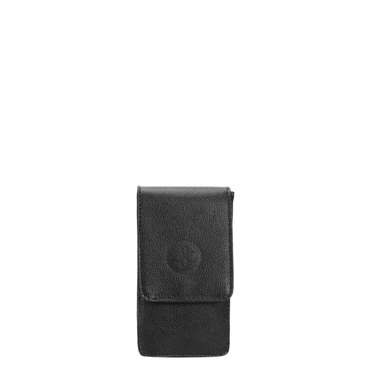 5073f6d3f Porta Celular e Cartão Couro Shoestock Feminino - Compre Agora | Zattini