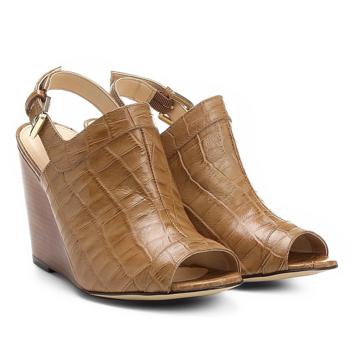 Anabela Abotinada Bege Anabela Couro Couro Sandália Shoestock Abotinada Shoestock Anabela Bege Abotinada Couro Sandália Feminina Feminina Shoestock Sandália wxTBn7Ad0q
