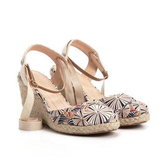 Sandália Anabela Shoestock Fechada Estampada Feminina