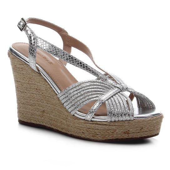 Sandália Anabela Shoestock Metalizada Corda Feminina - Prata
