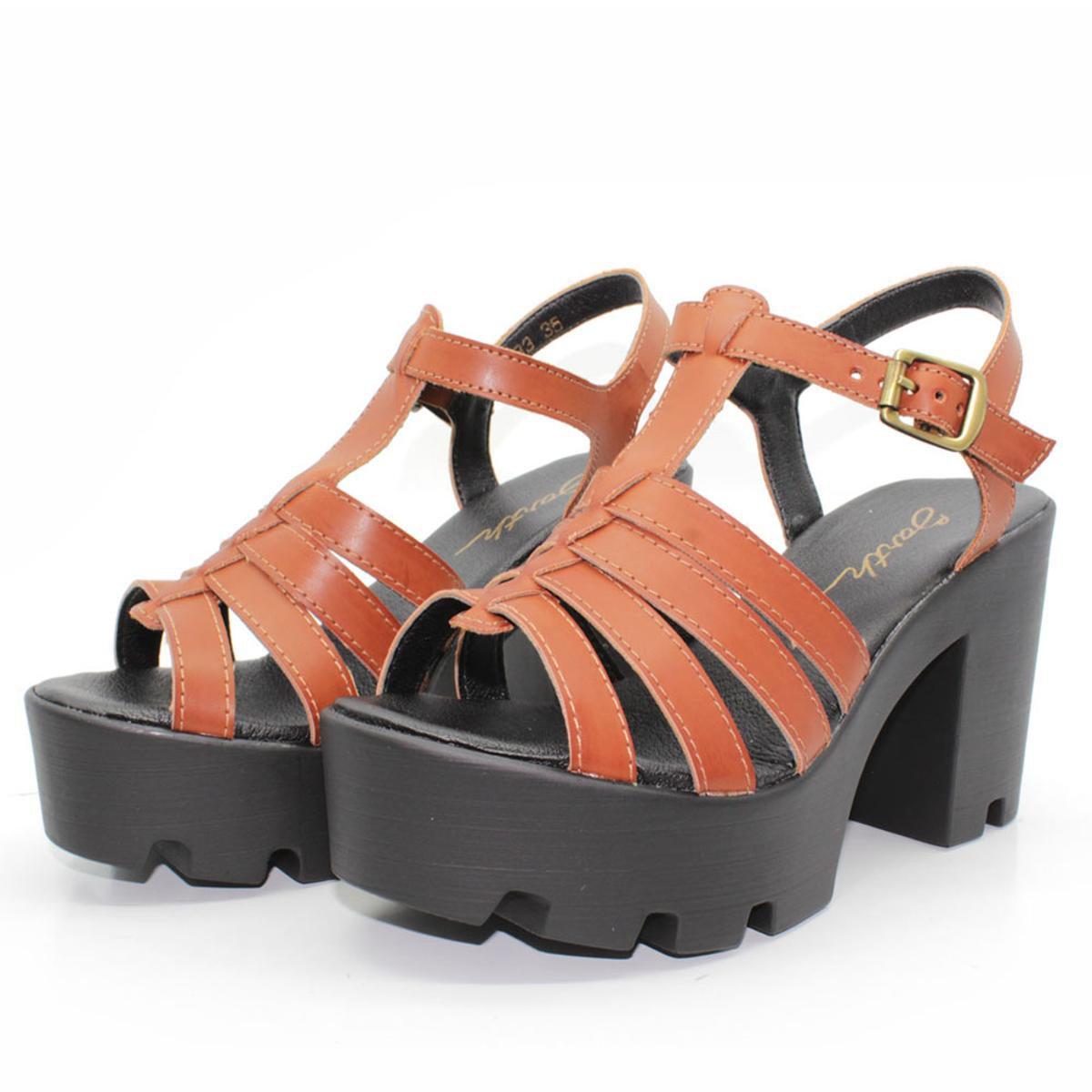Sandália Tratorada Feminina Misty Shoes e Preto Pata Marrom Barth Meia rXSwrR