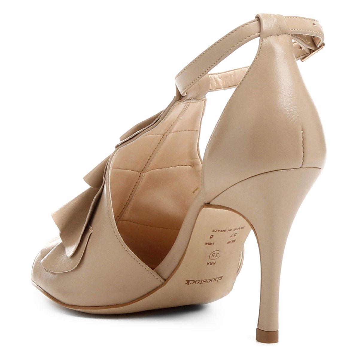 Bege Babados Babados Shoestock Sandália Shoestock Couro Sandália Feminina Couro Sandália Bege Feminina Couro wp7qg71