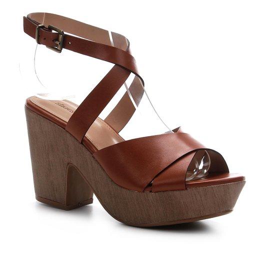 Sandália Couro Shoestock Clog Madeira Feminina - Caramelo