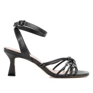 Sandália Couro Shoestock Miçangas Salto Médio Feminina