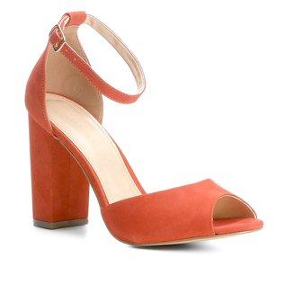 Sandália Couro Shoestock Salto Grosso Feminina