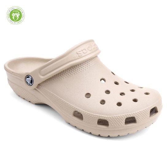 Sandália Crocs Classic - Bege