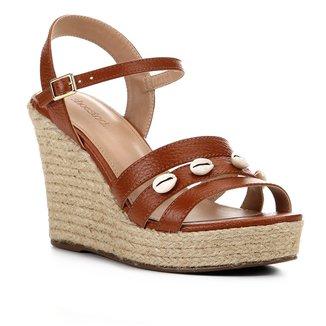 Sandália Shoestock Anabela Couro Buzios